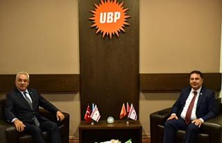 Saner DSP Genel Başkanı Aksakal ile bir araya geldi
