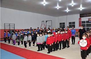 """""""Dr. Fazıl Küçük Cimnastik Salonu"""" düzenlenen..."""