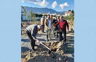 Girne Belediyesi Karaoğlanoğlu'nda ağaç dikti