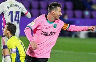 Messi Pele'yi geçti!