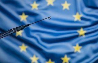 Avrupa Birliği, turizm sezonu için aşılamanın...