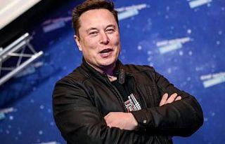 Elon Musk, Specex'in bulunduğu köyü büyütüp...