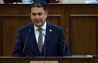 Saner: Cumhurbaşkanı Tatar'ı 5+BM öncesi Meclis'e...