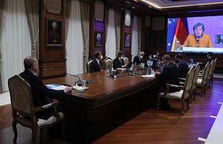 TC Cumhurbaşkanı Erdoğan, Merkel ile video konferans...