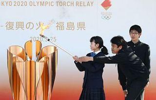 Tokyo'da olimpiyat meşalesi yanıyor