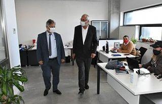 UBP Milletvekili Pilli, Girne Belediye Başkanı Güngördü'yü...