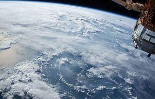 """ABD, casus uydusu """"NROL-82""""yi uzaya yolladı"""
