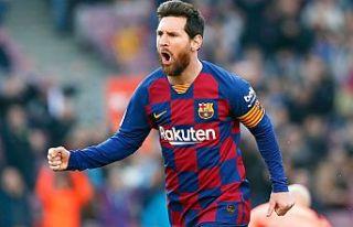 """Araştırmalar, """"En iyisi Messi"""" diyor"""