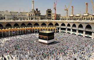 Ramazan ayının ilk on gününde Mescid-i Haram'ı...