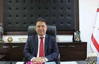 Başbakan Ersan Saner sınır kapılarının açılmasıyla...