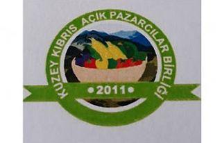 Açık Pazarcılar Birliği Lefkoşa'da pazarın...