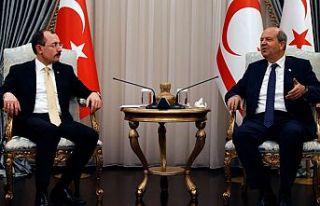 Cumhurbaşkanı Tatar TC Ticaret Bakanı Mehmet muş'u...