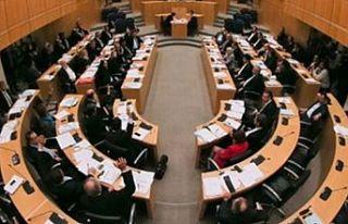 Güney Kıbrıs'ta kabinede 6 yeni isim