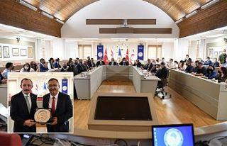 Türkiye Ticaret Bakanı Muş mezun olduğu DAÜ'yü...