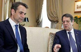 Anastasiadis, Yunanistan Başbakanı Miçotakis'i...