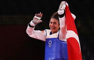 Olimpiyatlardaki ikinci madalya Hatice Kübra İlgün'den