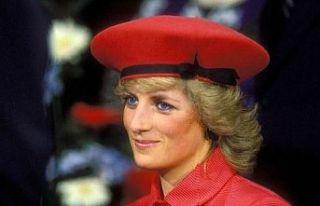 Prenses Diana'nın çocukluk bisikleti açık artırmada