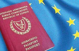 Kıbrıs Türk yetkililerinin pasaportlarının geri...