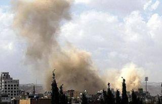 Yemen'de askeri üsse düzenlenen saldırıda...