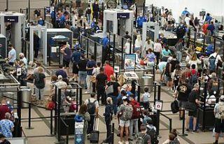 AB, ABD'nin seyahat kısıtlamalarını kaldırmasından...