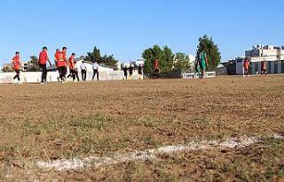 Bu zeminde futbol!