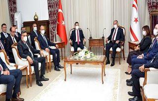 Sennaroğlu, Akdeniz Belediyeler Birliği heyetini...