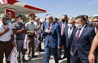 Cumhurbaşkanı Tatar, büyük sevgi gösterileriyle...