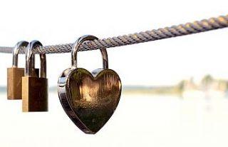 İlişkilerde bağımlılık