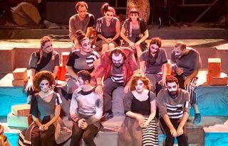 16. Kıbrıs Tiyatro Festivali 'Hayalet Kumpanya'...