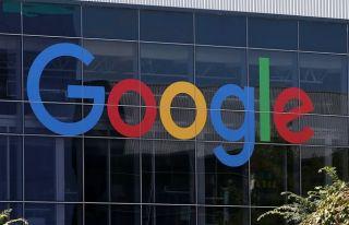 Google, cinsiyetçi yorum yazan çalışanını işten...