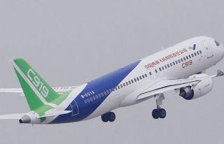 Çin yapımı yolcu uçağı ilk uzun mesafe uçuşunu...