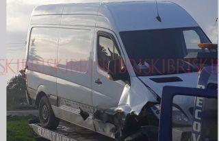 Sürücüsü hafif yaralandı