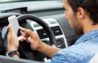 163 sürücü cep telefonunda konuşmaktan rapor edildi