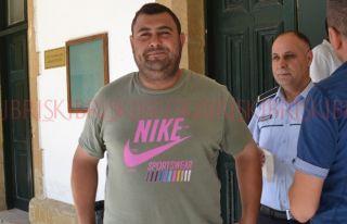 Kahraman'ın yurt dışına çıkışı yasaklandı