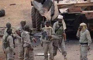 Mali'de bin 500 isyancı silah bıraktı