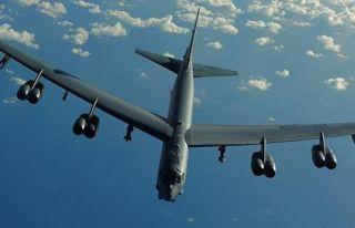 ABD Bombardıman uçakları Güney Çin denizi'nde