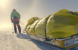 Amerikalı Maceraperest Antarktika'yı tek başına...