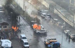 İzmir patlamasında 2 kişi hayatını kaybetti
