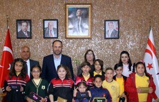 Öğrenciler İskele Belediyesini ziyaret etti