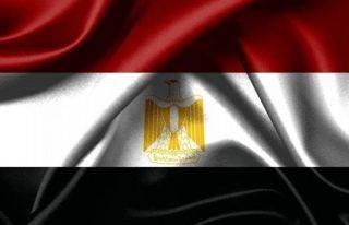 Mısır'da fırtına nedeniyle 2 liman kapatıldı
