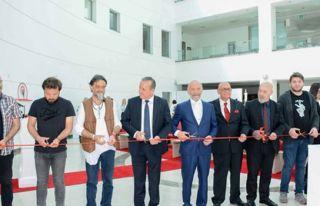 '10. Akademiada Heykel Sergisi' YDÜ'de açıldı