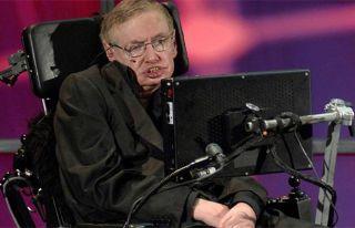 Hawking: Dünya'yı 100 yıl içinde terk etmeliyiz