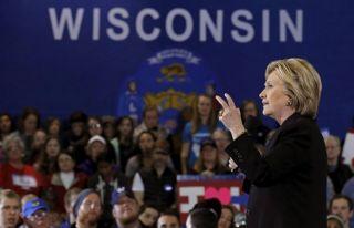 Clinton 'siber saldırı' gerekçesiyle oyların yeniden...