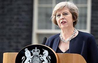 """May'den Brexit'te """"son şans"""" uyarısı"""