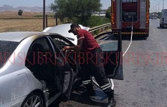 Araç yangını, vatandaşları seferber etti