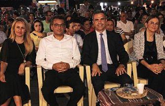 Uluçay Çınarlı Kültür ve Sanat Festivali'nin açılışına katıldı