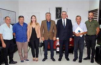 Çavuşoğlu, KTEZO Başkanı Kanber ve yönetim kurulu üyelerini kabul etti