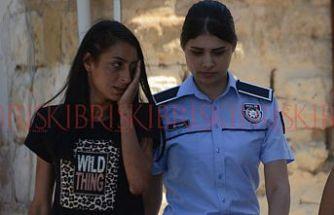 Sevgilisini bıçakla yaraladı KIBRIS muhabirine saldırdı