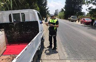 Trafik kontrollerinde 62 araç sürücüsü rapor edildi