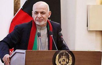 Afganistan Cumhurbaşkanının mitingine bombalı saldırı
